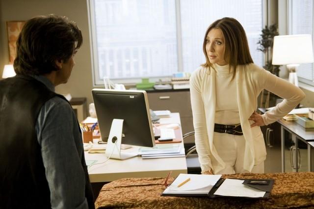 Donna Murphy in una scena dell'episodio Way Beyond the Call di Trust Me
