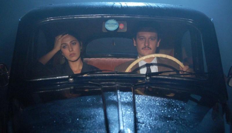 Olivia Magnani e Dario Costa in un'immagine del film Quell'estate felice