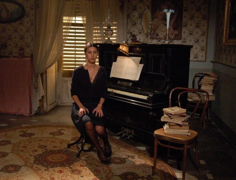 Olivia Magnani è Maria Venera nel film Quell'estate felice