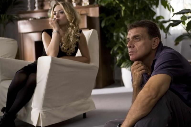 Carolina Crescentini e il regista Enzo Monteleone sul set del film Due partite