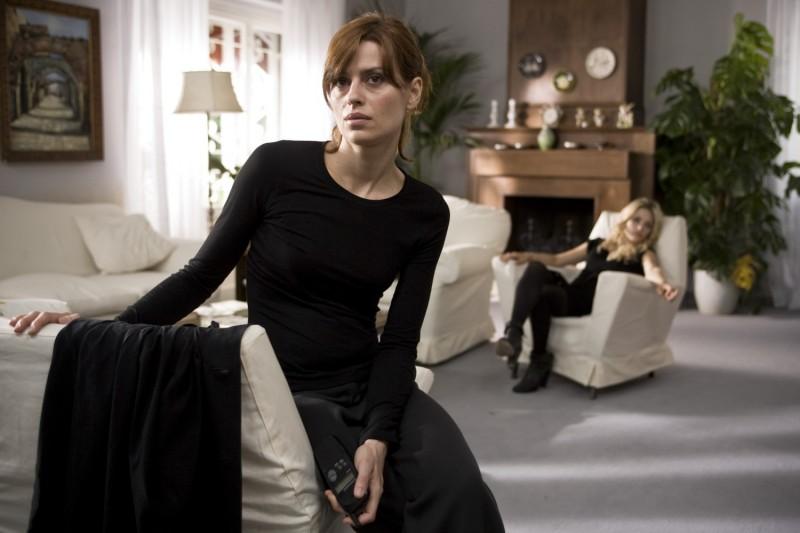 Claudia Pandolfi in una sequenza del film Due partite
