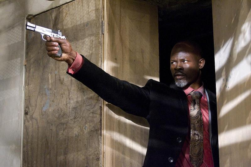 Djimon Hounsou è l'Agente Henry Carver nel film Push