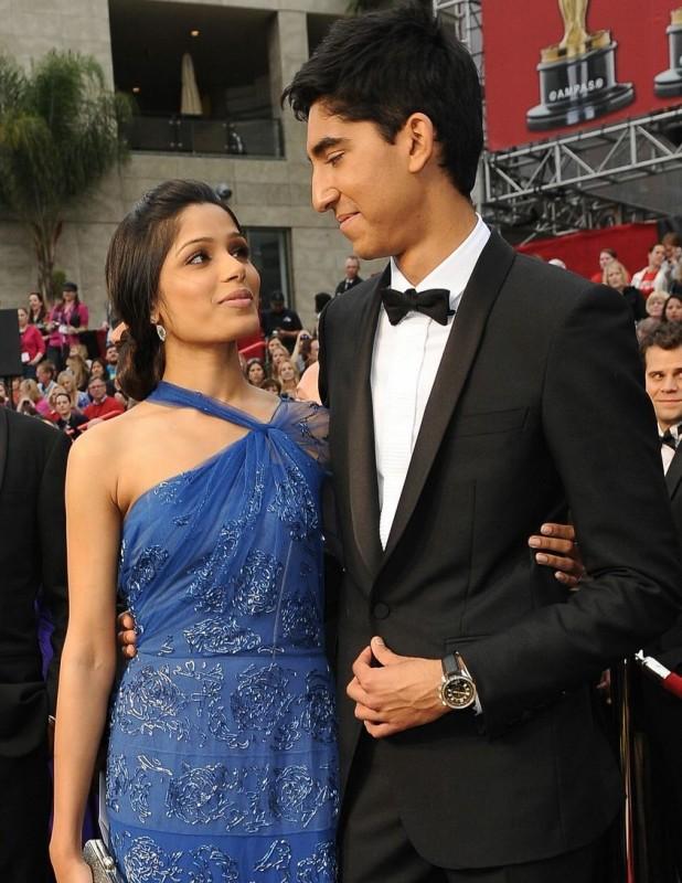 Dev Patel e Freida Pinto sul tappeto rosso degli Oscar 2009
