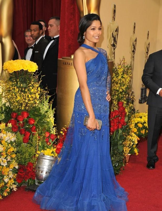 Freida Pinto sul red carpet degli Oscar 2009