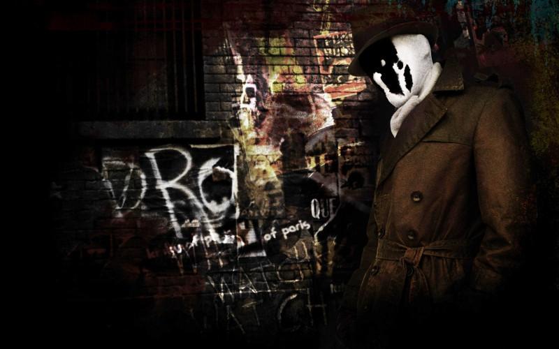 Jackie Earle Haley, alias Rorschach, in un'immagine promozionale del film Watchmen