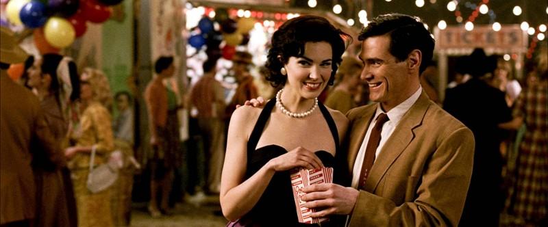 Laura Mennell e Billy Crudup in una scena del film Watchmen