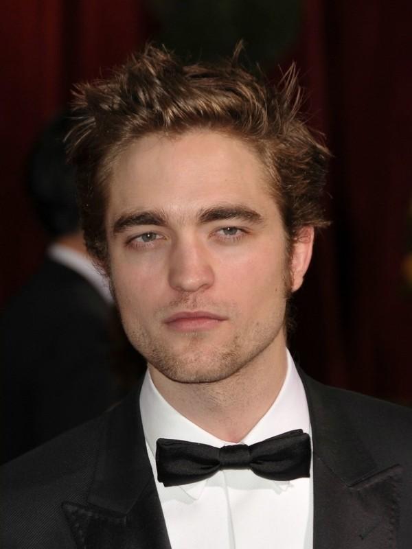 Robert Pattinson sul tappeto rosso della Notte degli Oscar 2009