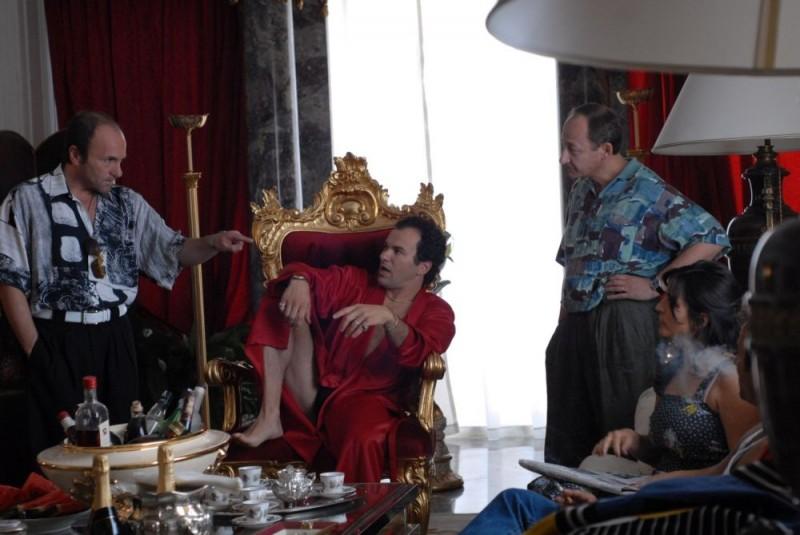 Gianfranco Gallo, Massimiliano Gallo e Salvatore Cantalupo in una scena del film Fortapàsc