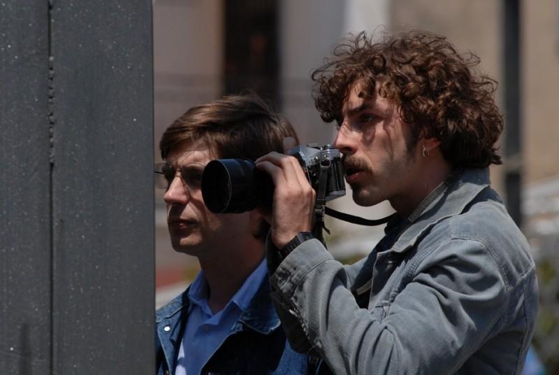Libero De Rienzo e Michele Riondino in una scena del film Fortapàsc