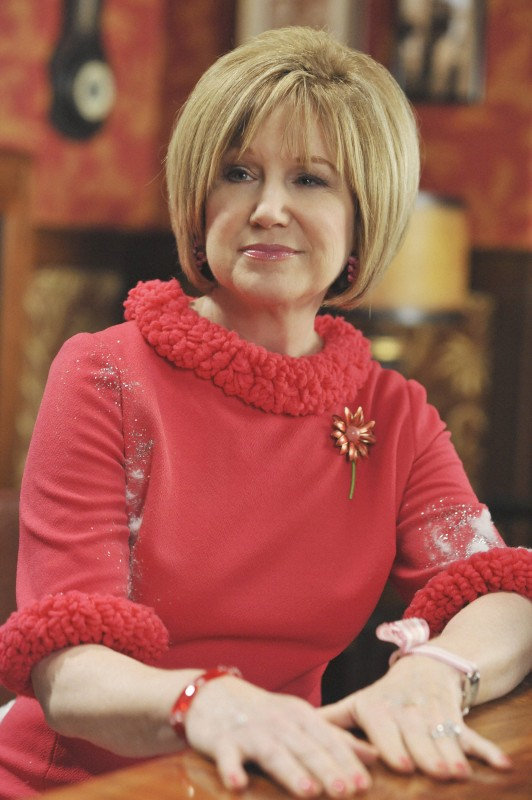 Mary Kay Place nell'episodio 'The Legend of Merle McQuoddy' della serie tv Pushing Daisies