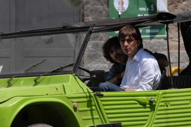 Michele Riondino e Libero De Rienzo in un'immagine del film Fortapàsc