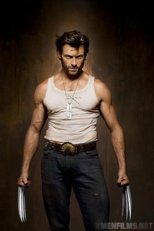 Un Hugh Jackman sempre più minaccioso posa in una foto promozionale per  X-Men - Le origini: Wolverine