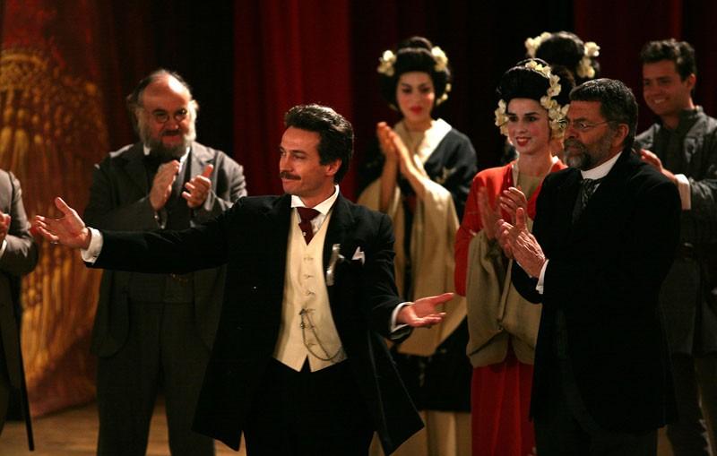 Un momento della fiction Rai su Giacono Puccini