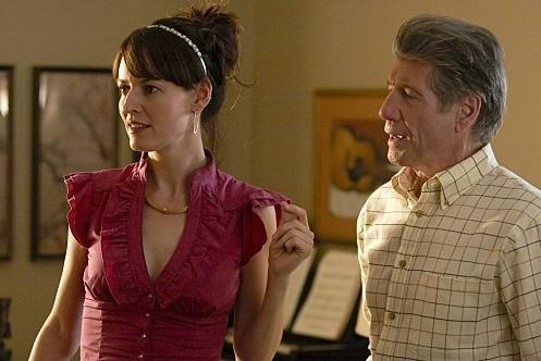 Rosemarie DeWitt e Fred Ward, padre e figlia in Transition