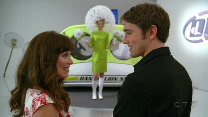 Anna Friel  e Lee Pace nell'episodio 'Il Tarassaco' della serie tv Pushing Daisies