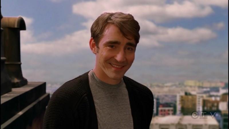 Lee Pace in una scena dell'episodio 'Il Piccione' della serie tv Pushing Daisies