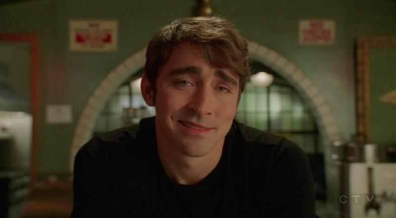 Lee Pace nel ruolo di Ned nell'episodio 'Il super cane' della serie tv Pushing Daisies
