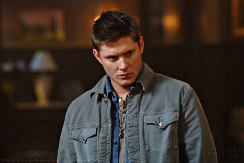 Jensen Ackles in una scena dell'episodio Death Takes a Holiday di Supernatural