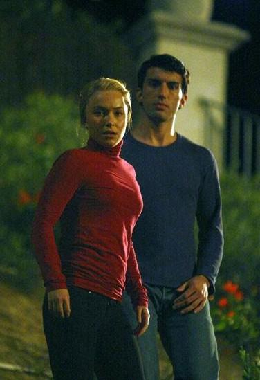 Hayden Panettiere e Justin Baldoni in una scena du Exposed dalla terza stagione di Heroes