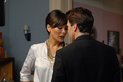 Lindsay Price e Andrew McCarthy nell'episodio 'Chapter two: Nothing Sacred' della serie tv Lipstick Jungle