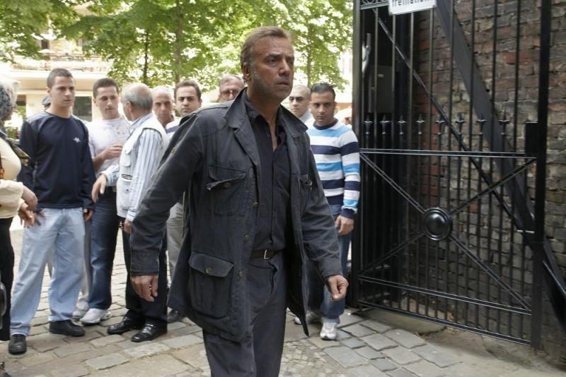 Massimo Ghini interpreta Salvatore Mancuso nel tv-movie Sui tuoi passi