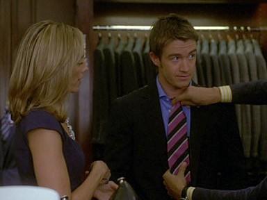 Kim Raver e Robert Buckley fanno shopping nell'episodio 'Chapter Eleven: The F-word' della serie Lipstick Jungle