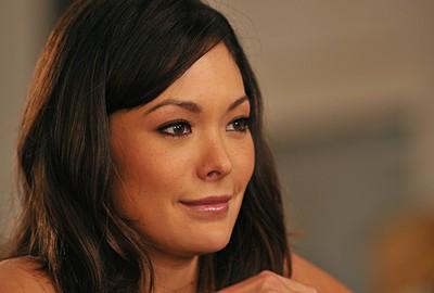 La bella Lindsay Price nell'episodio 'Chapter Eleven: The F-word' della serie Lipstick Jungle
