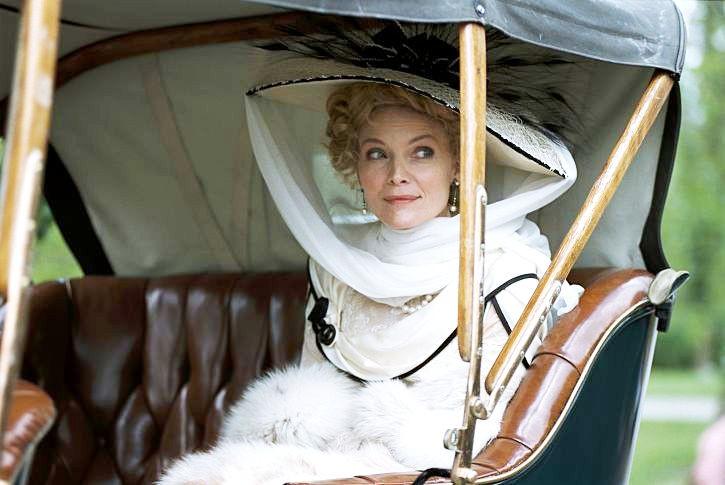 L'incantevole Michelle Pfeiffer in una scena di Cherì