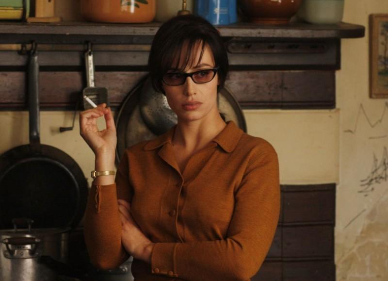 Cecile De France in una sequenza del film Nemico pubblico n°1 - L'istinto di morte