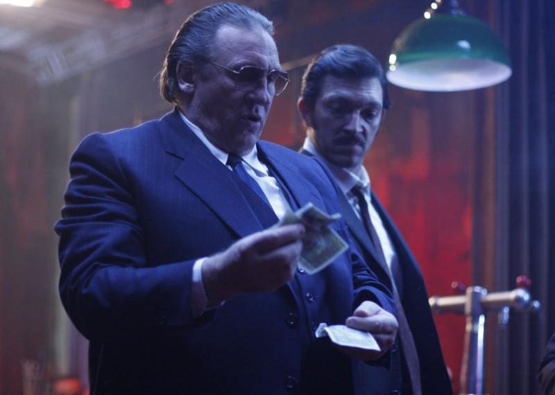 Gérard Depardieu e Vincent Cassel in una scena del film Nemico pubblico n°1 - L'istinto di morte