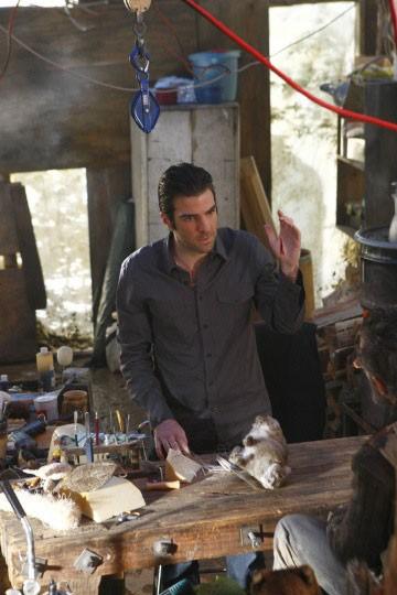 Zachary Quinto in una scena di Shades of Gray della terza stagione di Heroes