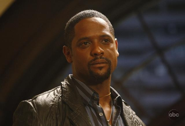Blair Underwood interpreta Simon Elder nella serie Dirty Sexy Money, episodio: 'The Facts'