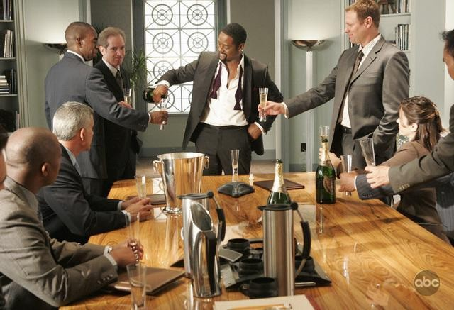 Blair Underwood nel ruolo di Simon Elder nell'episodio 'The Summer House' della serie tv Dirty Sexy Money