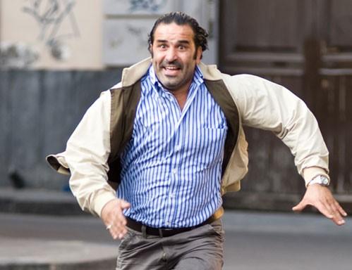 Domenico Centamore interpreta l'esattore nel film La matassa