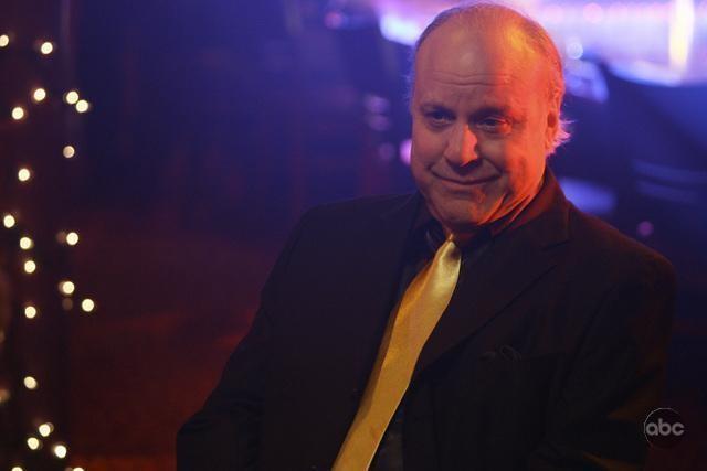 Louis Giambalvo nell'episodio 'The Facts' della serie tv Dirty Sexy Money