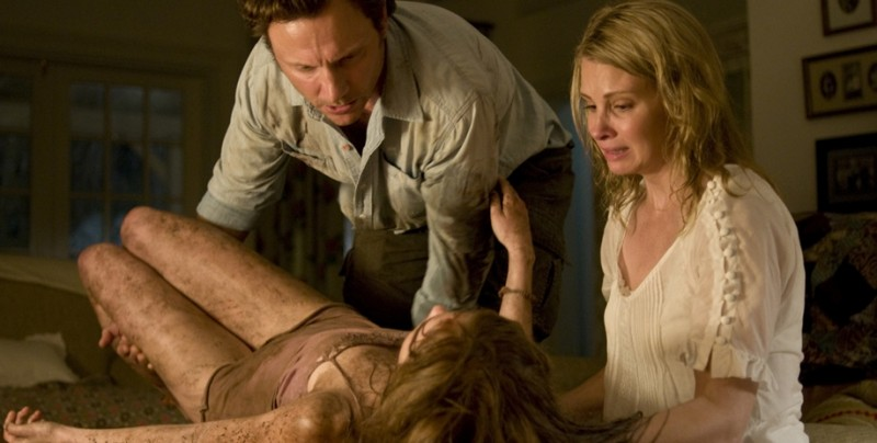 Tony Goldwyn e Monica Potter in un'immagine del film The Last House on the Left