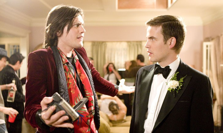 Trevor Moore e Zach Cregger in una scena del film Miss March