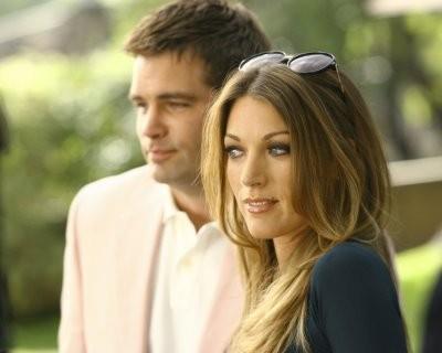 Natalie Zea e Daniel Cosgrove in un momento nell'episodio ' The Chiavennasca ' della serie tv Dirty Sexy Money