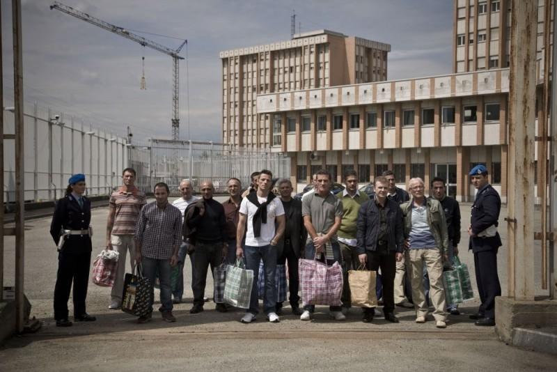 Foto di gruppo per i detenuti della casa circondariale for Foto di decorazione della casa del cottage