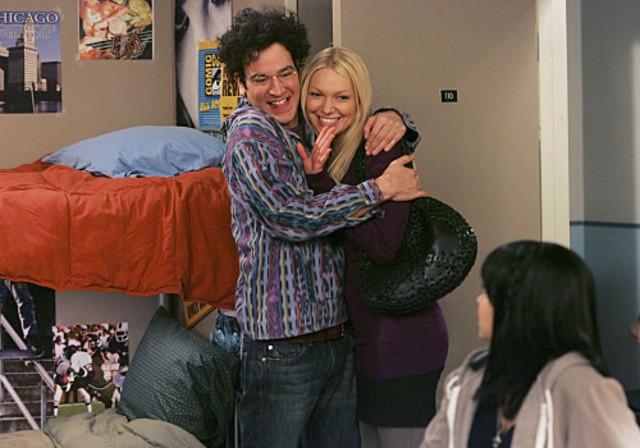 Josh Radnor e Laura Prepon nell'episodio Sorry, Bro di How I Met Your Mother