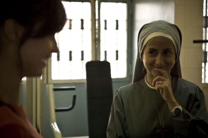 Luciana Littizzetto in una scena del film Tutta colpa di Giuda