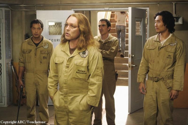 Doug Hutchison, Ken Leung, Patrick Fischler e Daniel Dae Kim nell'episodio Whatever Happened, Happened di Lost