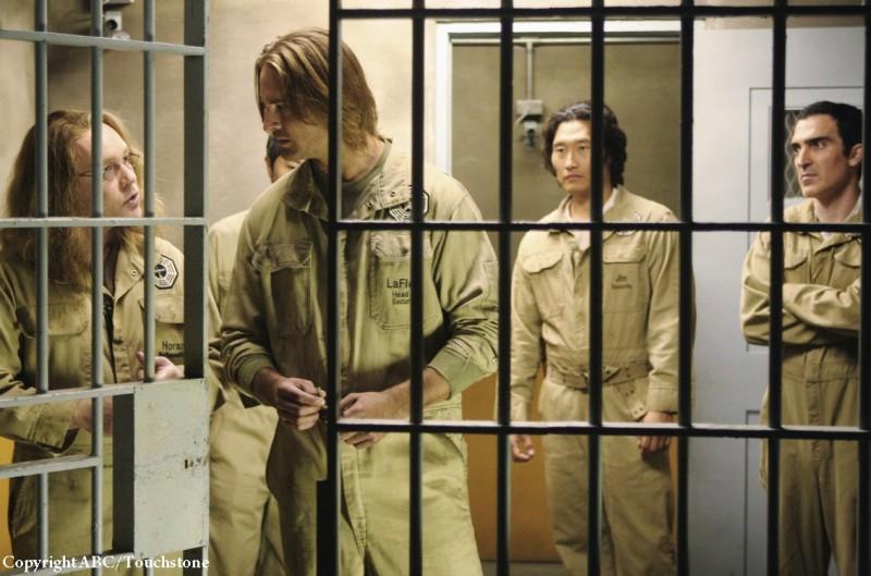 Josh Holloway, Doug Hutchison, Patrick Fischler e Daniel Dae Kim nell'episodio Whatever Happened, Happened di Lost