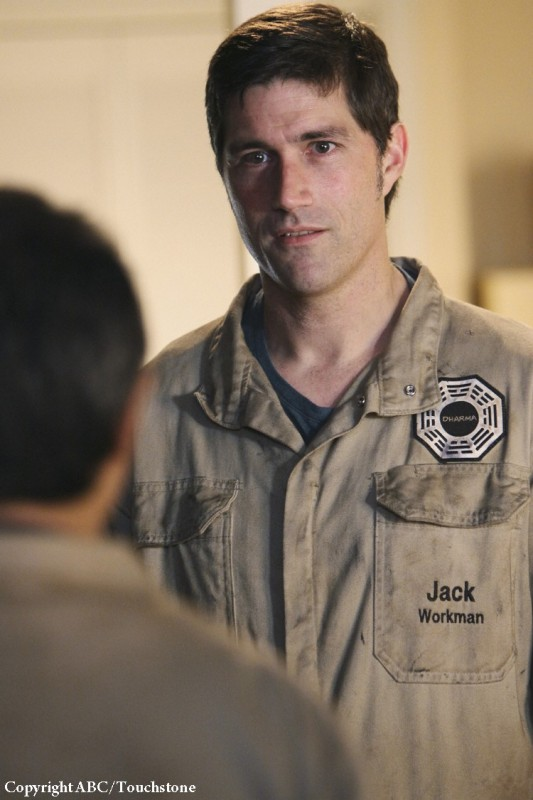 Matthew Fox in una scena dell'episodio Whatever Happened, Happened di Lost