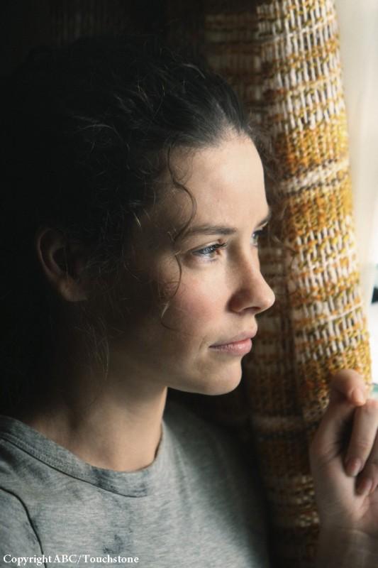 Un'immagine di Evangeline Lilly nell'episodio Whatever Happened, Happened di Lost