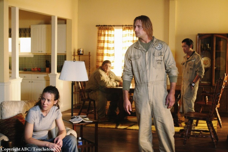Una foto di scena dell'episodio Whatever Happened, Happened di Lost