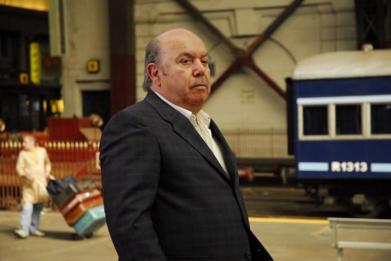 Lino Banfi in una scena del film tv Scusate il disturbo