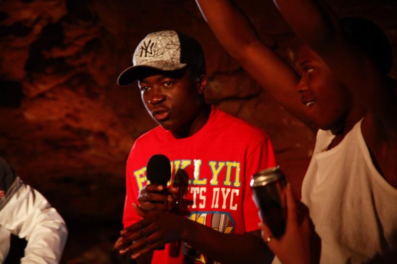 Merveille Lukeba in un'immagine promozionale dell'episodio 'Thomas' della terza stagione della serie tv Skins