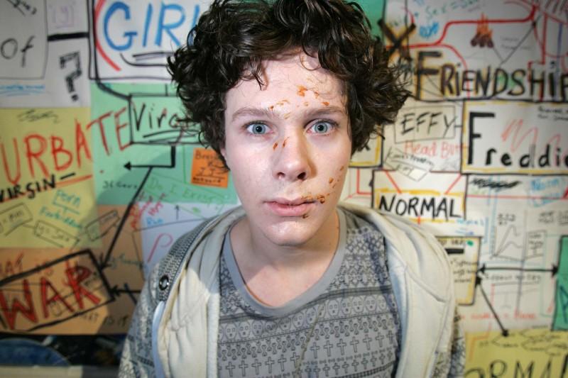 Ollie Barbieri in una foto promozionale dell'episodio 'JJ' della terza stagione di Skins