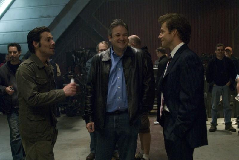 James Callis e Jamie Bamber sul set dell'episodio 'Daybreak: Part 1' di Battlestar Galactica